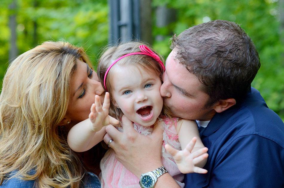 Elise_and_Family.jpg
