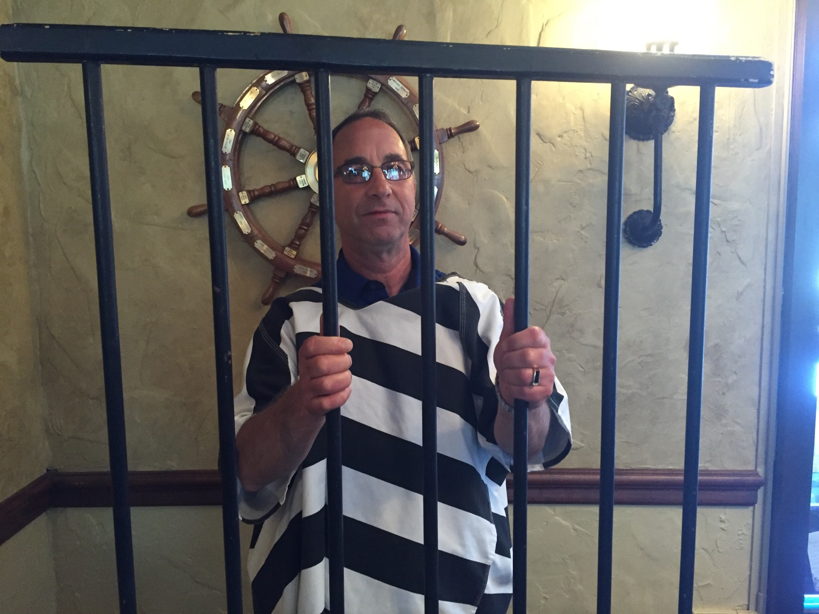 Pepco's Director of Marketing, John Paratore,  participates in Muscular Dystrophy Association (MDA) Lock-Up to help raise funds to find treatments for neuromuscular diseases.